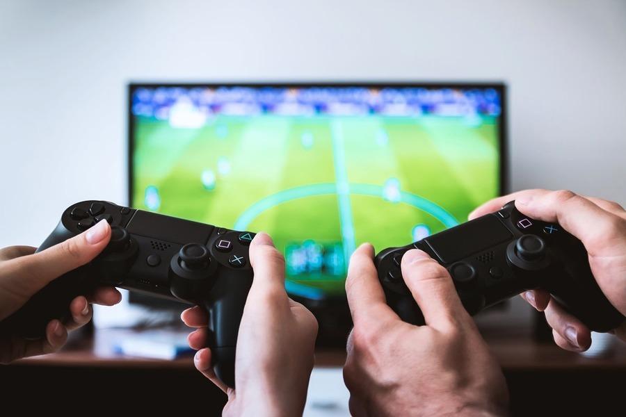 研究:電子遊戲傷大腦 增加精神疾病風險