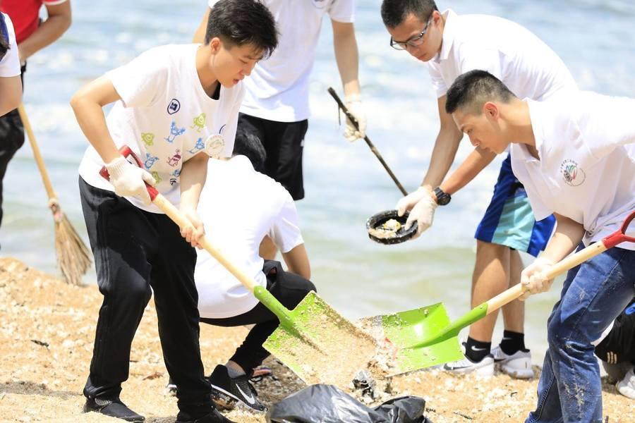 政府研向漏棕櫚硬脂船公司索償