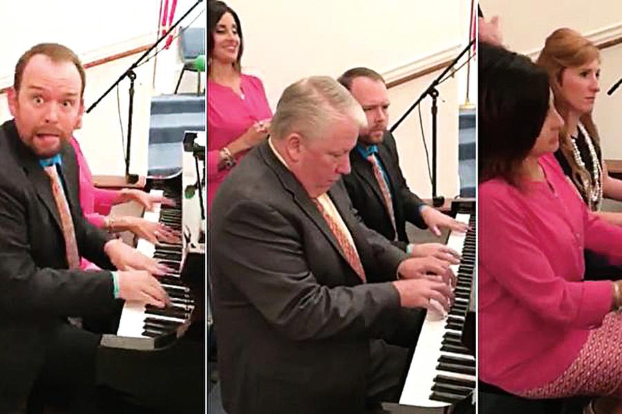 四人相互配合彈鋼琴 完美表演成網紅