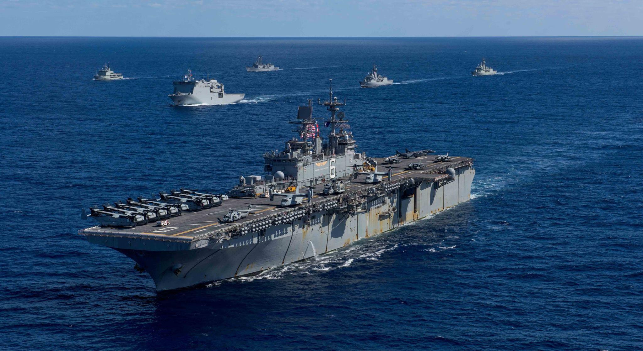 直升機兩棲攻擊登陸艦。(Facebook圖片)