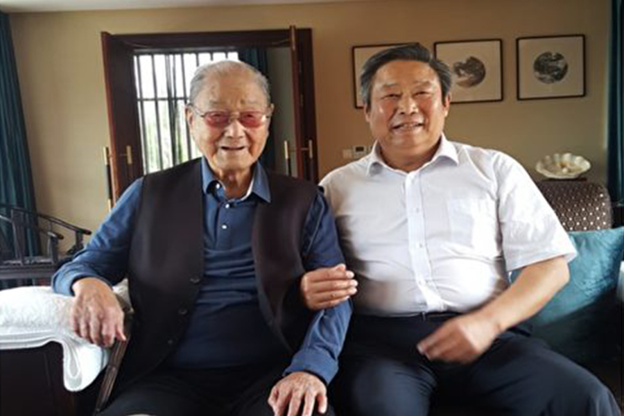 圖左為中共元老宋平。(網絡圖片)