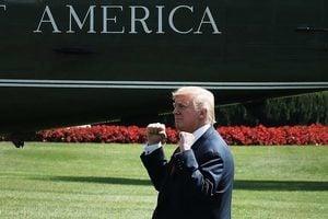 特朗普明天將中斷假期回白宮一天