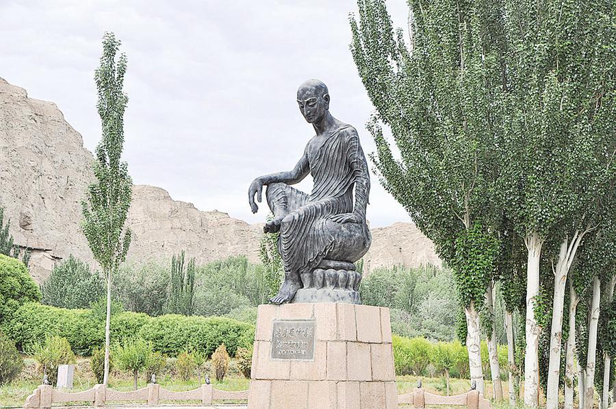 中國佛經『四大譯師』之首 鳩摩羅什
