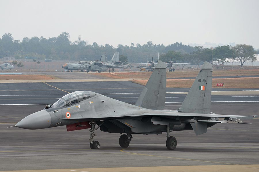 圖為印度軍方所擁有的蘇30-MKI戰機。(MANJUNATH KIRAN/AFP/Getty Images)