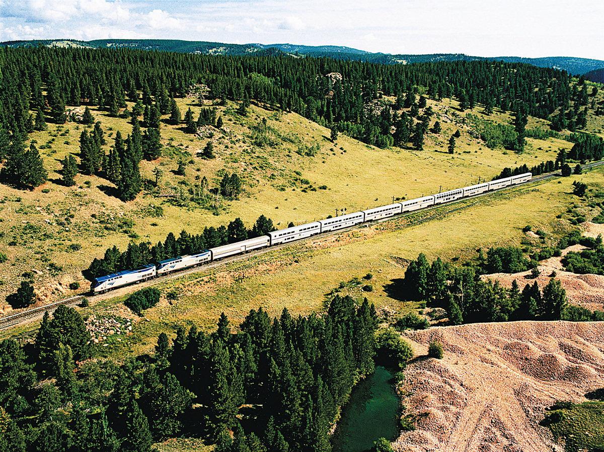 加州和風號(California Zephyr)是最受歡迎的長途線路之一。(Amtrak提供)