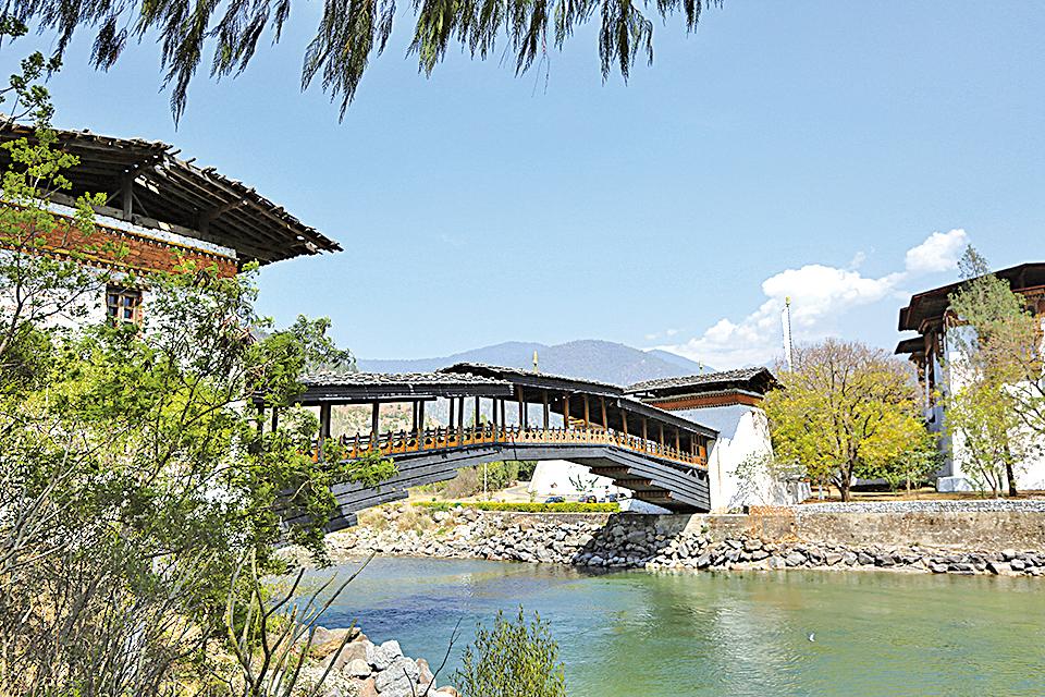 不丹被譽為全世界最快樂的國家,80%國土為原始森林。(Dakini提供)