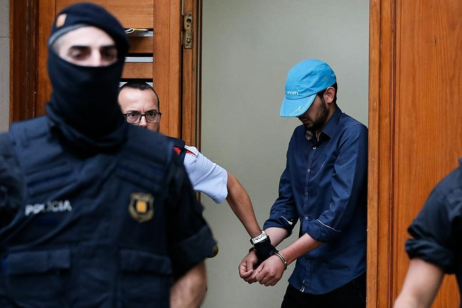 西班牙恐襲十八歲主犯在逃 曾揚言殺死異教徒