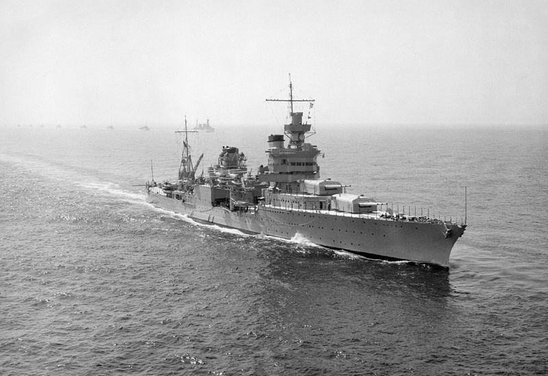 印第安納波利斯號重型巡洋艦在1939年。(維基百科)