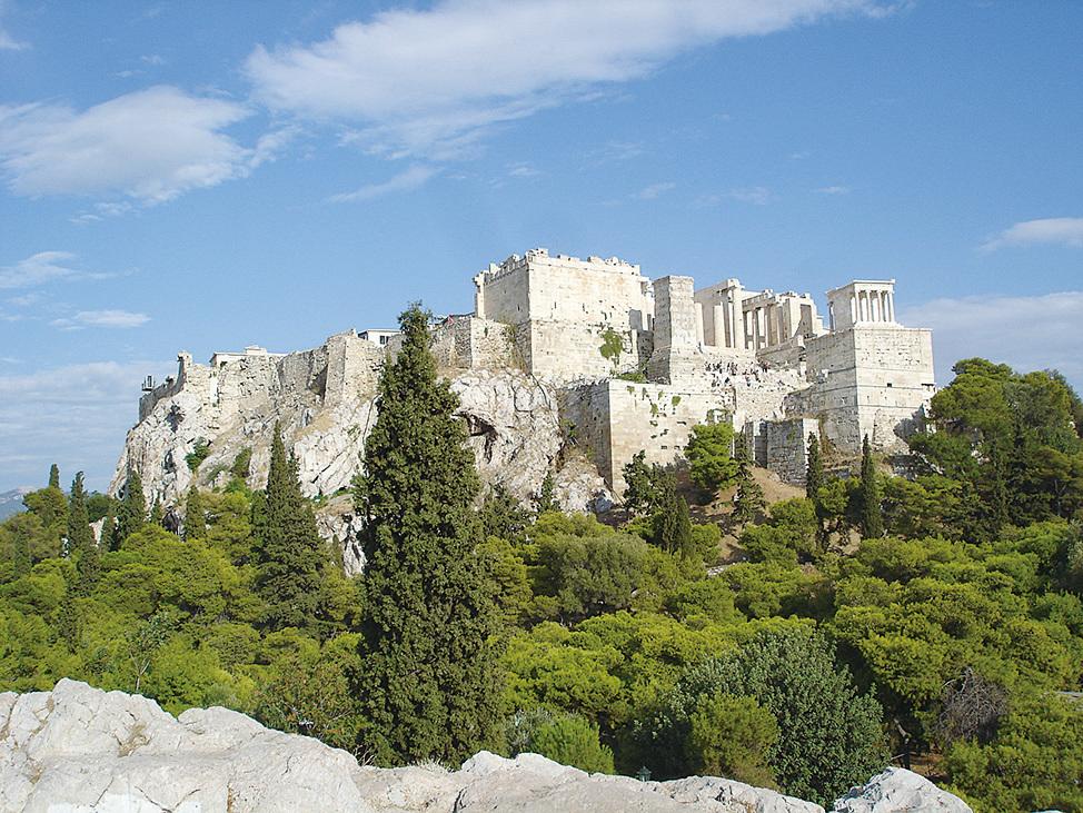 從Aeropagus可以看到Propylaea的全景。(網絡圖片)