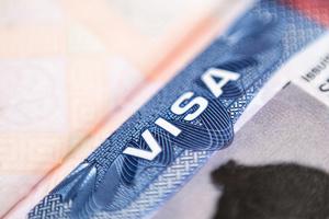 作出回應 美暫停對俄羅斯非移民簽證