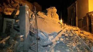 意大利地震 掌聲中救援人員挖出嬰兒