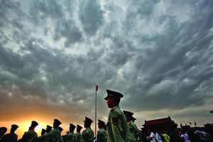中國向左轉加劇國內外危機