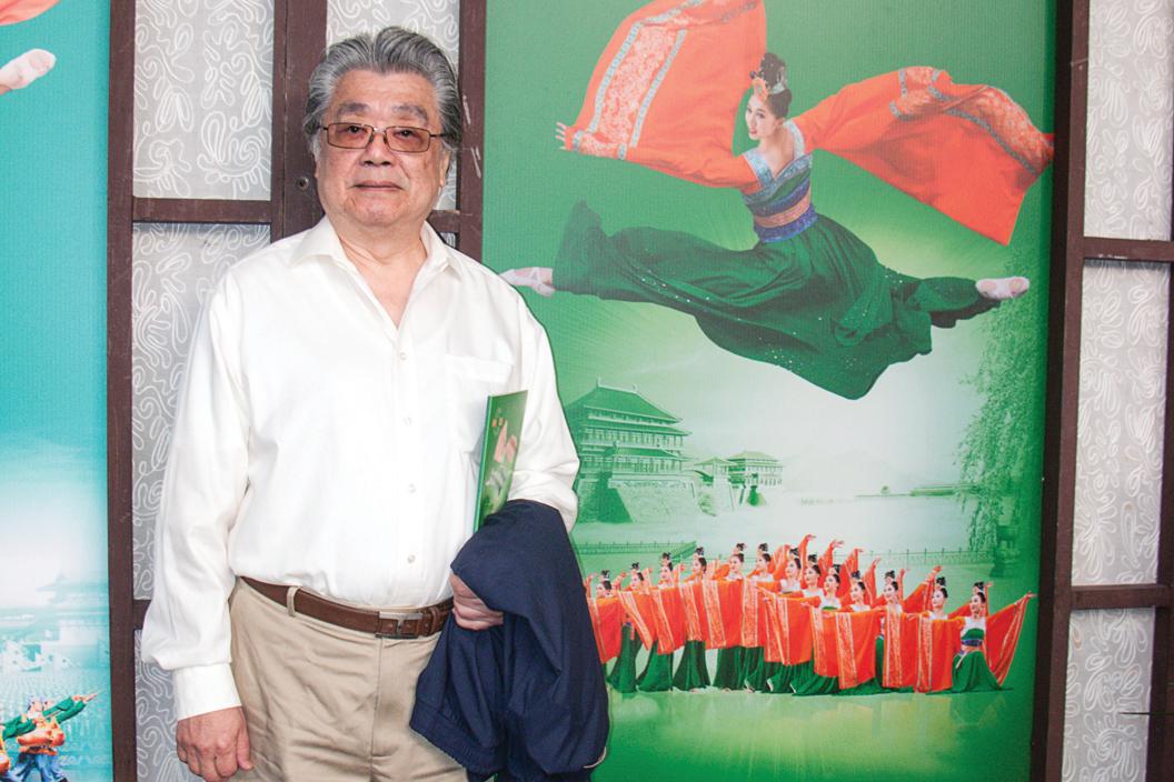 國際級鋼琴及大鍵琴演奏家宋允鵬,今年3月看過神韻演出後,對神韻音樂很讚賞。(黃采文/大紀元)