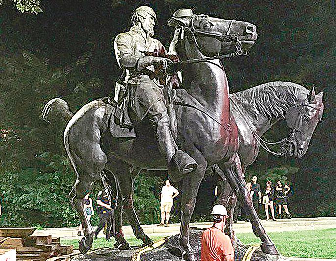 維珍尼亞州衝突引發者不是雕像而是人