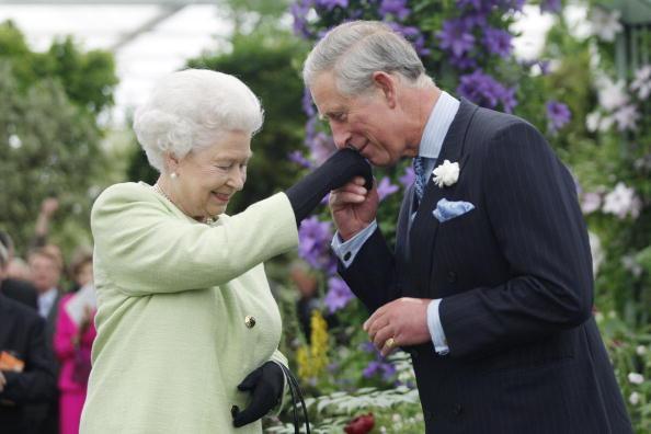 女皇是當今在位時間最久的君主,查理斯是等候即位時間最長的王儲。(Sang Tan/WPA Pool/Getty Images)