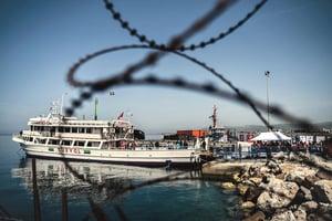 希臘遣送首批移民至土耳其