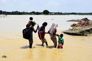 南亞洪水肆虐 逾八百死二千多萬人受災