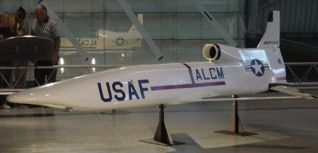 AGM-86B空射巡航導彈(維基百科)
