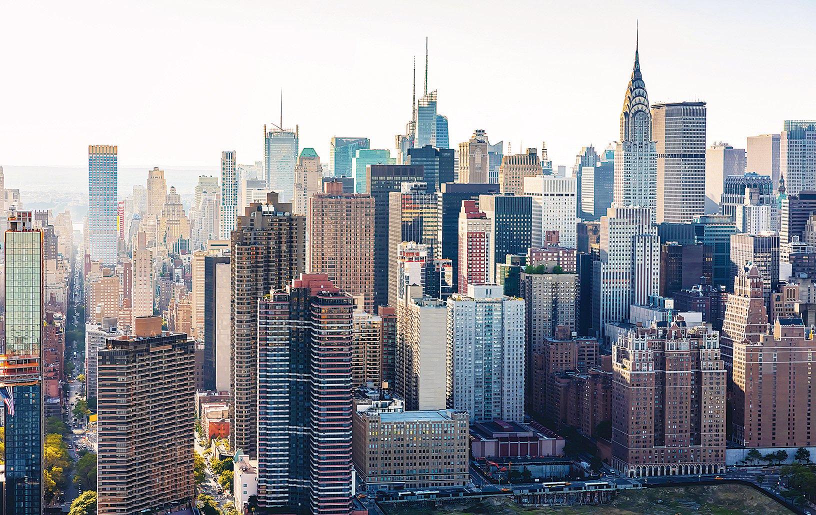 對美國經濟的信心,以及紐約世界之都的獨一無二的地位,使得更多買家青睞紐約房市。圖為紐約市的天際線。(Fotolia)