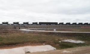 中方榴彈炮運中印邊境 印軍張拉山口演習