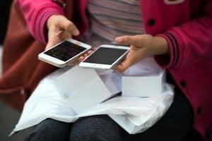 大學生貸款幾千元買手機 一年時間滾到五十萬