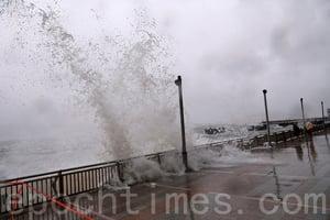 再有風暴襲港 各界嚴防下災情較輕