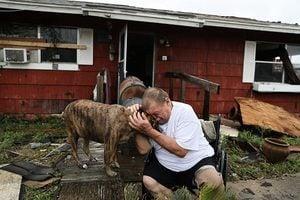 哈維洪災15分鐘水漲1英尺 德州滿目瘡痍