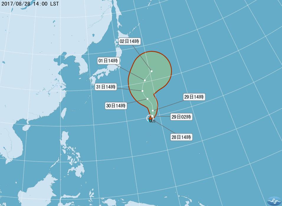 台灣中央氣象局預測,在關島北方海面的熱帶性低氣壓,最快明天可能就會生成颱風「珊瑚」,預料向日本東北方向移動。(中央氣象局)