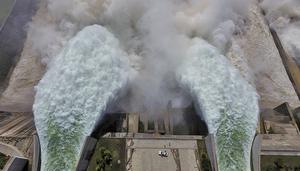 外媒:水成中共的毀滅性武器