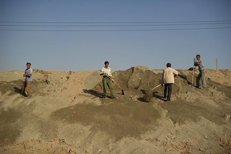 國會議員巴樂塔(Lou Barletta)說,100%的美國稀土供應來自於中國。中國佔據全球稀土產量的85%。(Ed Jones/AFP/Getty Images)