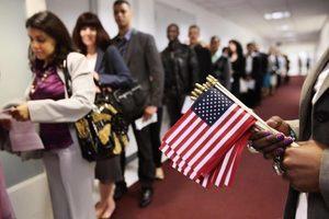 美十月起擴大移民面談範圍 或影響百萬人