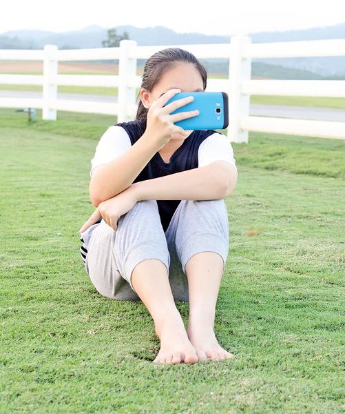 Facebook 降低生活滿意度?