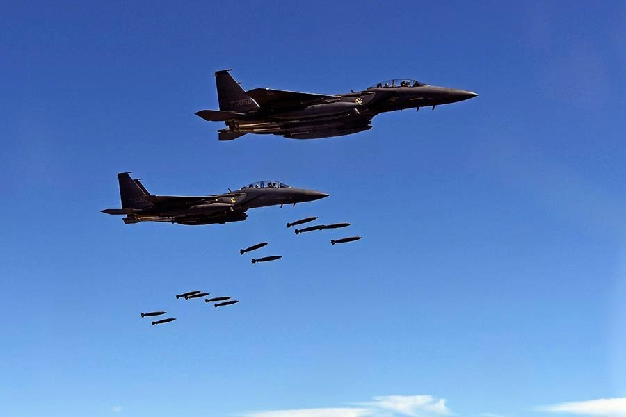 南韓一架F-15K戰機墜毀 駕駛員一死一重傷