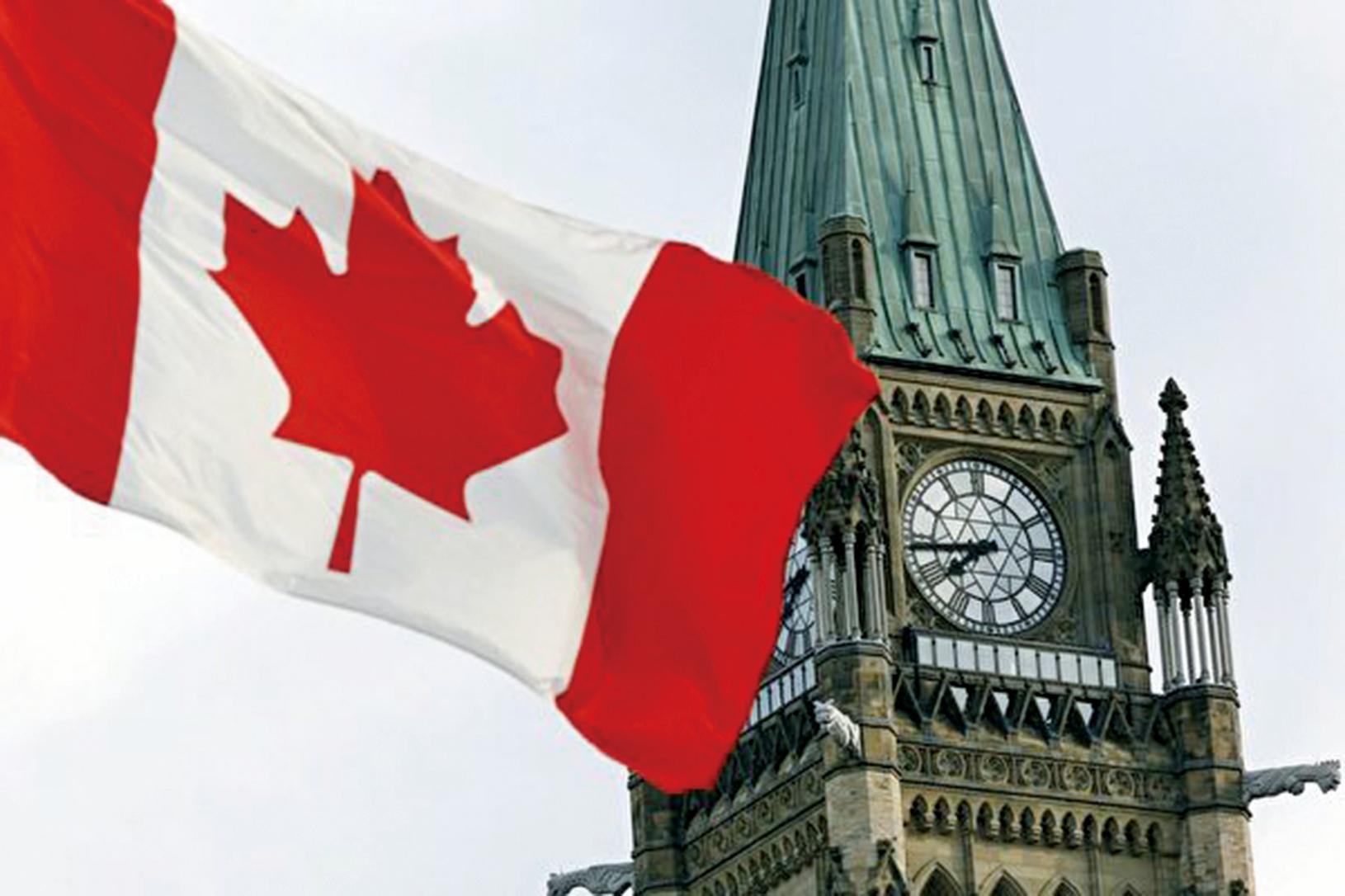 加拿大表示,自2月8日,推出針對港人新簽證計劃以來,3個月已經收到近6000份申請。(CHRIS ROUSSAKIS/AFP via Getty Images)