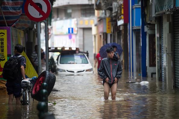 上月天鴿颱風襲擊澳門造成嚴重災情。(Getty Images)