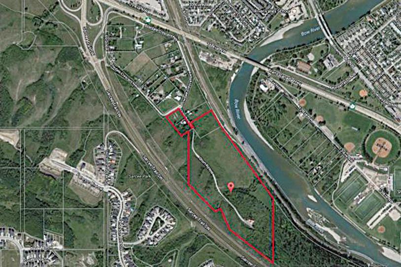 此41英畝的土地所在位置屬於卡城內城中心區。在內城區裏能拿到這麼大片的土地,而且在河畔,這種機會是極其罕有及僅存的。(龔彥/Remax)