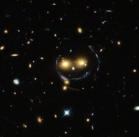 探索最遙遠磁場 科學家觀測50億光年外星系