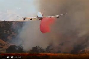 最強山火剋星 巨無霸滅火飛機在美首次使用