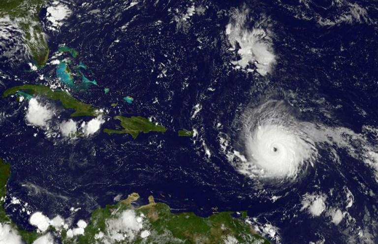 伊瑪在9月5日接近加勒比地區,成為非常危險的5級颶風,距離安提瓜島東部約270英里(440公里),最大持續風速為175公里(280公里)。(AFP PHOTO / NASA/GOES Project)