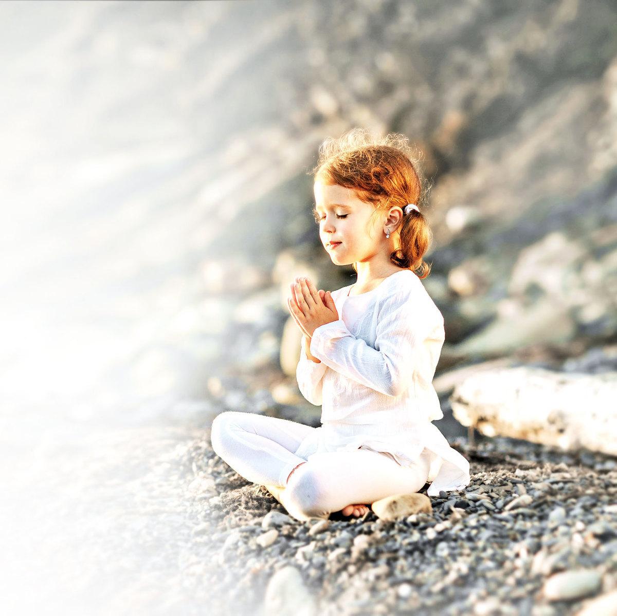入靜冥想對孩子提高注意力、變得冷靜有很大幫助。(Fotolia)