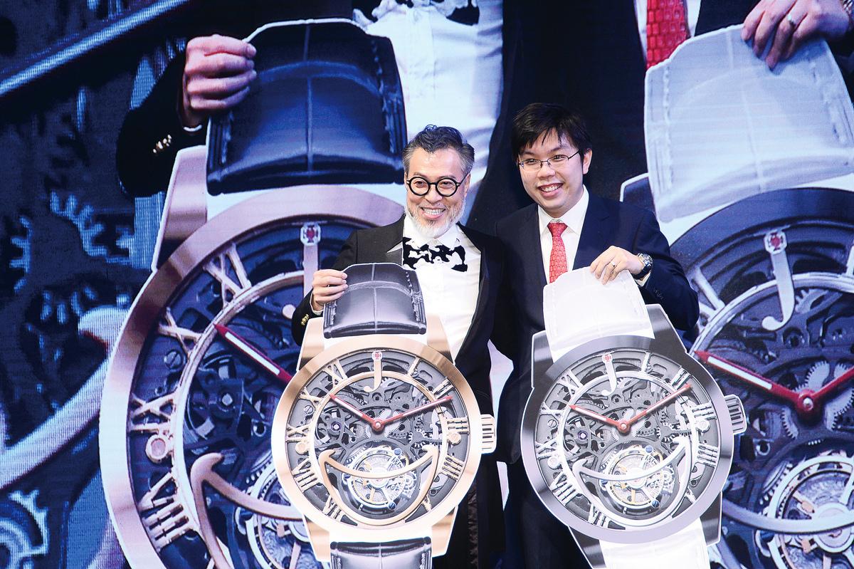 詹瑞文表示腕錶及名車都是男士的心頭好。(宋碧龍/大紀元)