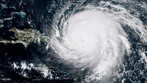 颶風艾爾瑪來勢洶洶 美氣象機飛越風暴眼