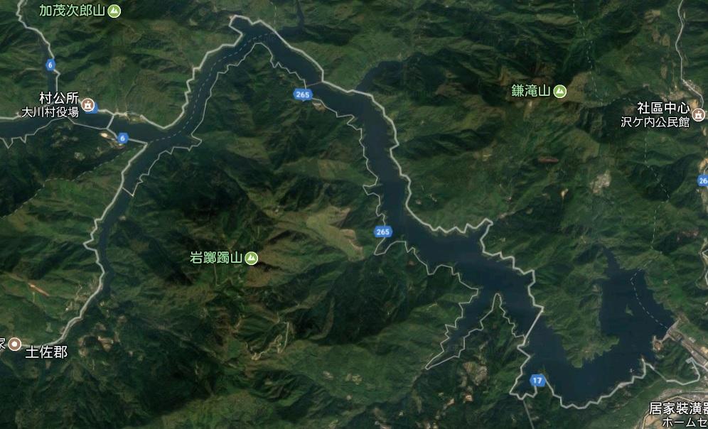 谷歌地圖上的吉野川和早明浦湖。這是衛星圖片。(谷歌地圖)