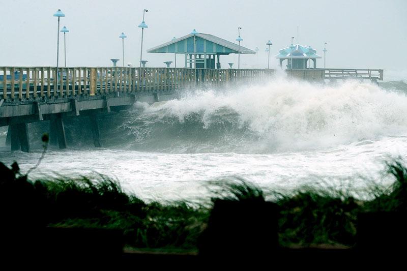佛州州長警告艾爾瑪帶來高達4米半的風暴潮足以淹沒房屋,居民如不撤離「不可能生還」。(Getty Images)