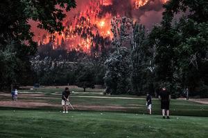 《紐時》:連串災難引人反思末世與人禍