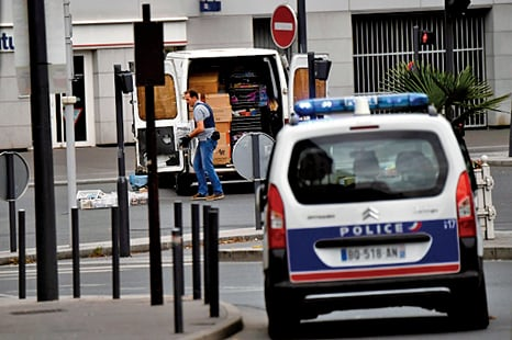巴黎又發現炸藥庫 或與西班牙恐襲有關
