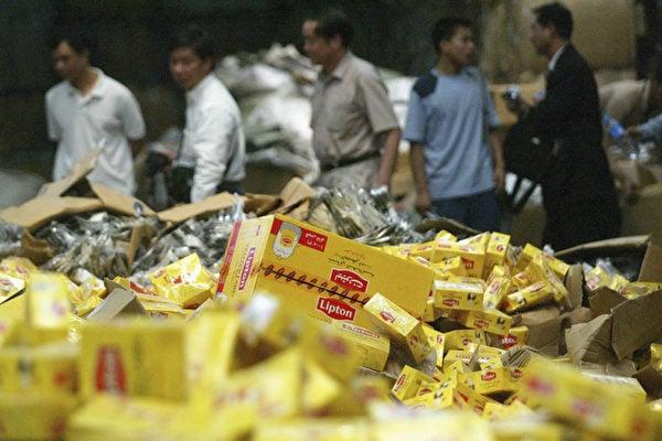 歐盟2012年報告顯示,2011年歐盟各成員國海關查獲的價值13億歐元的假冒仿製產品中,有73%來自中國。(Getty Images)