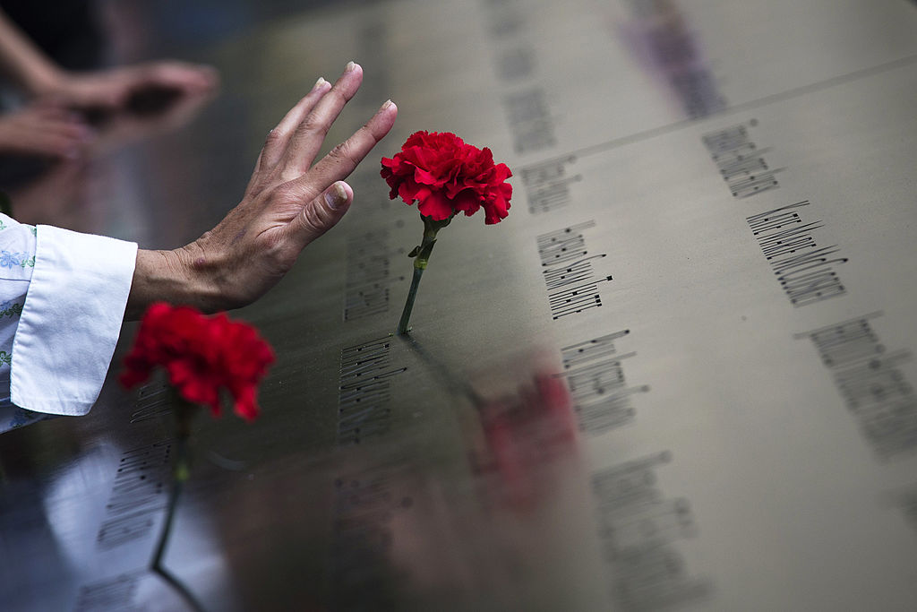 紀念儀式將在位於曼哈頓下城世貿中心遺址的「911」紀念公園舉行。(Adrees Latif-Pool/Getty Images)