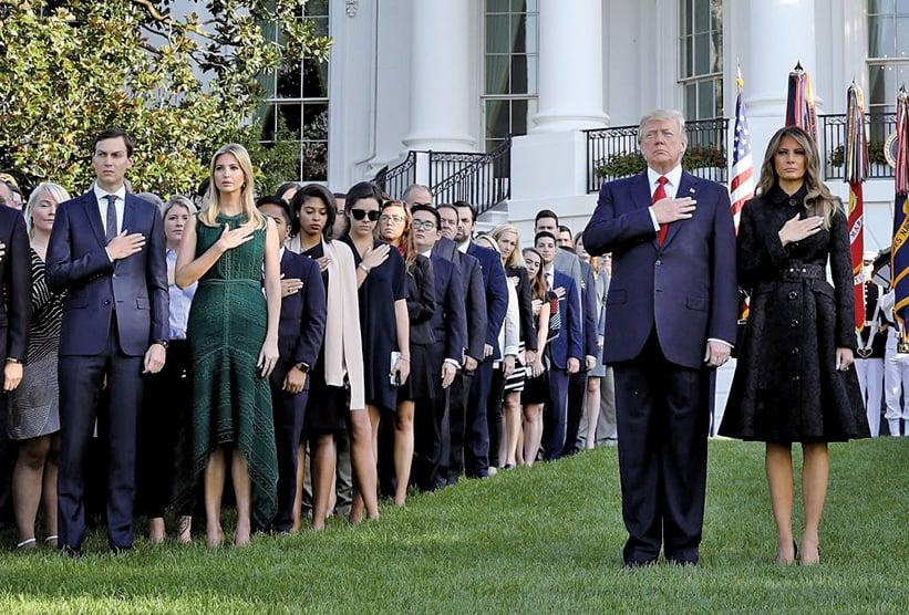 周一(9月11日)美國總統特朗普在白宮舉行儀式,帶領全美人民進行紀念哀悼。(Getty Images)