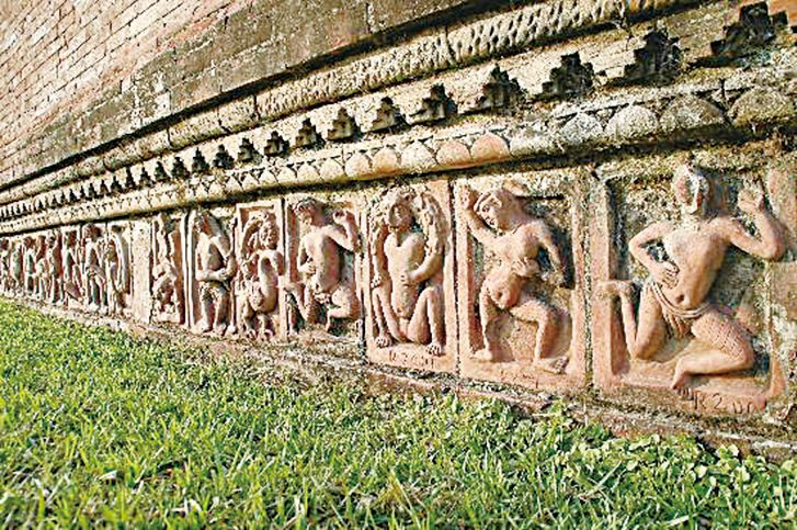 帕哈爾普爾遺址上的雕刻。(網絡圖片)